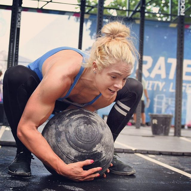 Nicole Capurso athlete of GRID and Olympic weIghtlIfter