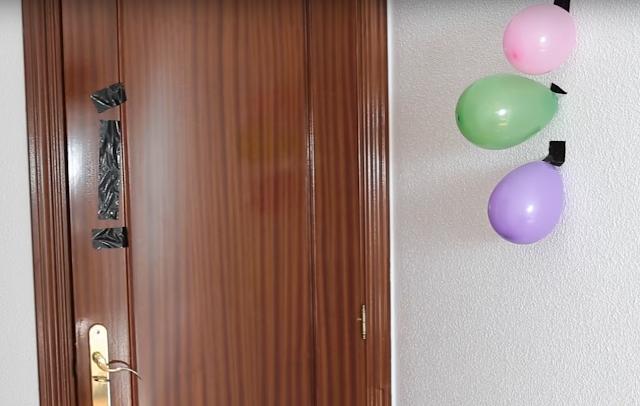 broma, globos, chinchetas