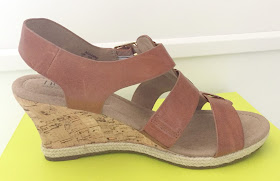 Hotter tan wedges
