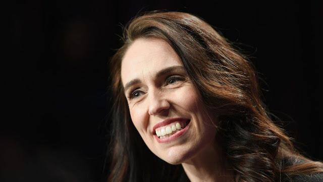 Jacinda Ardern, da Nova Zelândia, foi amplamente elogiada por lidar com a pandemia de Covid