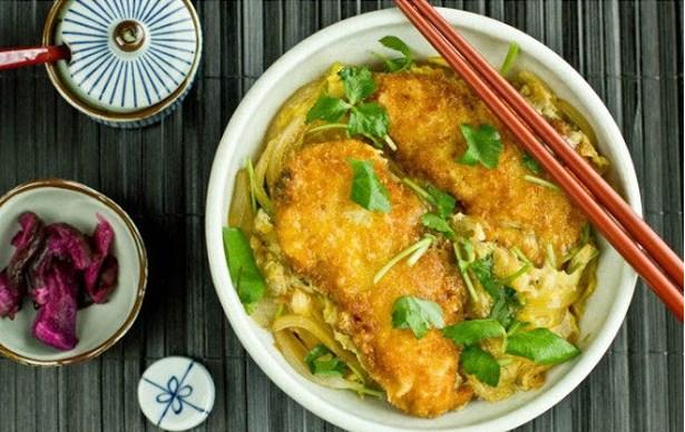 Chicken Katsudon チキンカツ丼