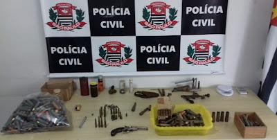 Polícia Civil de Registro-SP prende um homem por porte irregular de munições e de arma de fogo