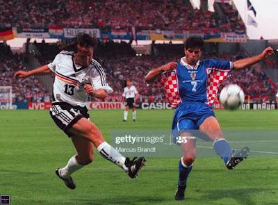 لحظات لا تنسى في تاريخ كرة القدم