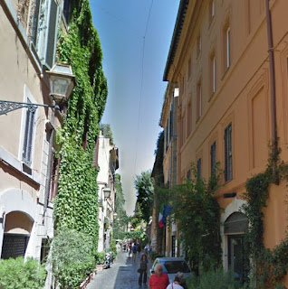 The pretty Via Margutta in Rome, close to where the Teatro delle Dame stood in the 18th and early 19th centuries