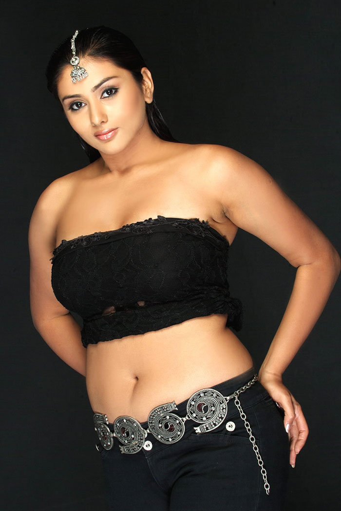 Hot Kollywood Actress Namitha's Sex Appeal attracted ...