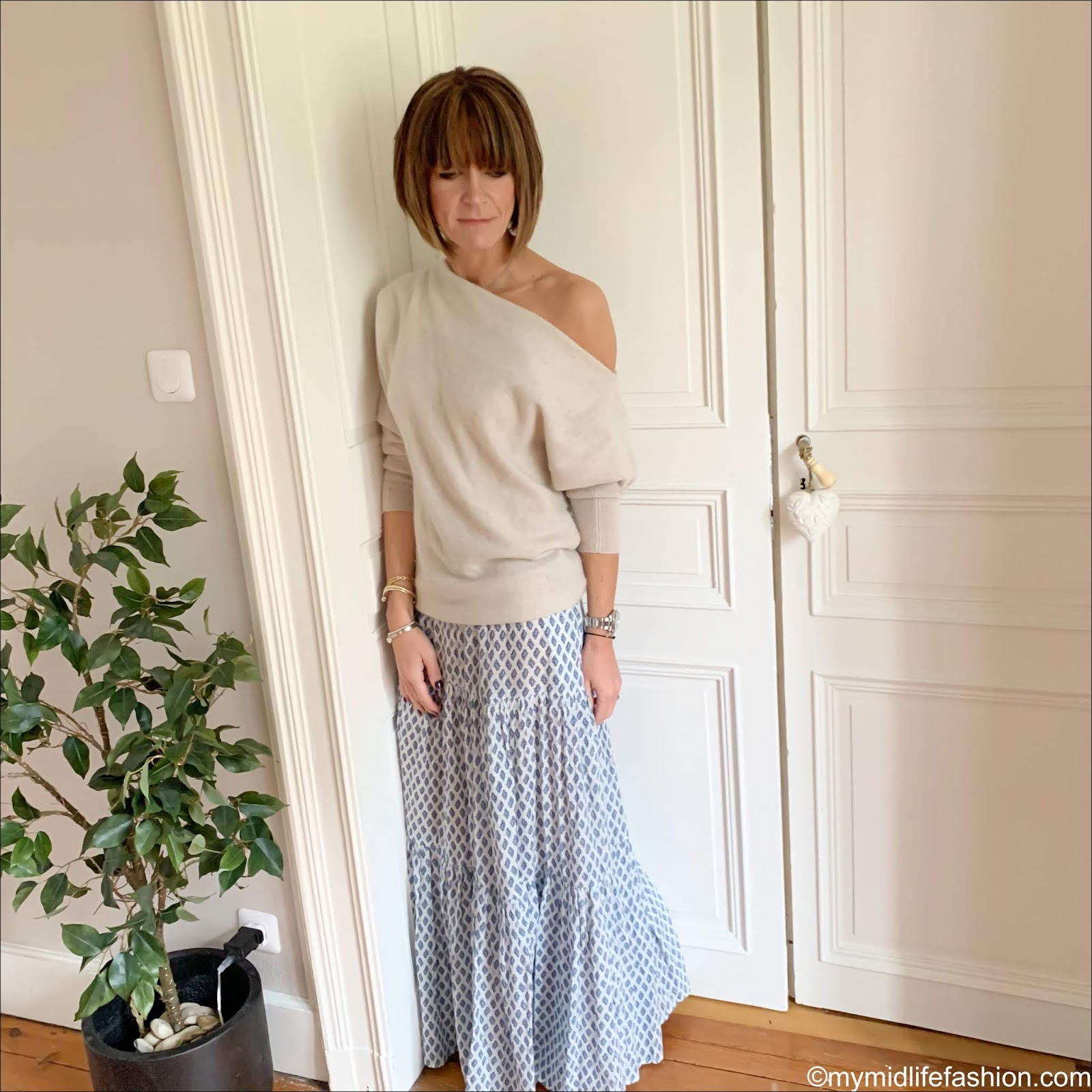 my midlife fashion, Zara off the shoulder cashmere jumper, Zara tiered maxi skirt, golden goose superstar low top leather trainers
