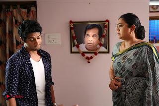 Inkenti Nuvve Cheppu Telugu Movie Gallery  0015.jpg