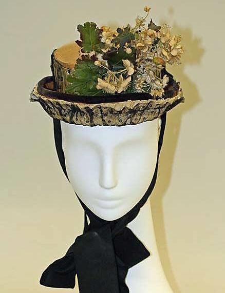 historyczny kapelusz