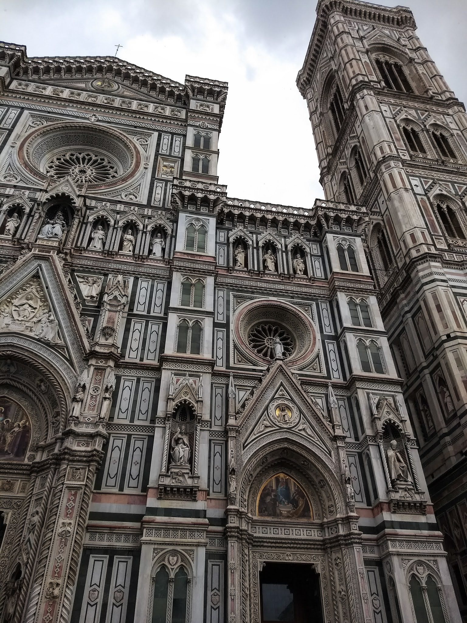 Details of the Florence Cathedral exterior.