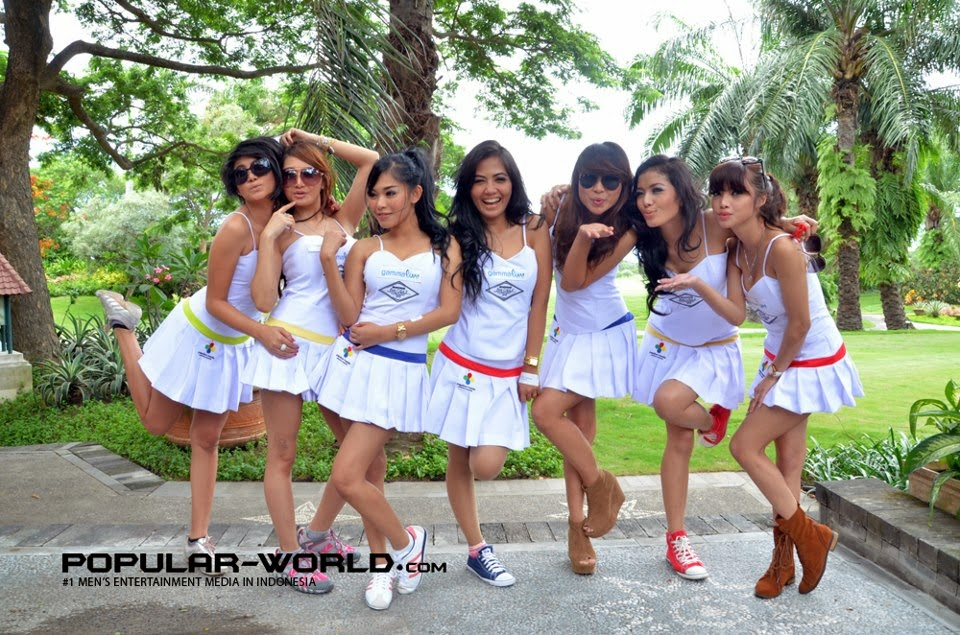 Abg Montok Foto Wiwid Gunawan Majalah Popular: CEWE CADDY GOLF SEXY GALERI FOTO
