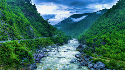 water level of the small rivers of Uttarakhad are decreasing