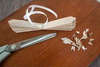 Cara Membuat Kerajinan Tangan Dari Kertas, Membuat Bungan Kertas 3