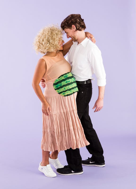 Are you in a couple that includes a pregnant woman? Here is a costume idea for Halloween which will be here in only a few weeks. & Dirty Dancing Analysis: