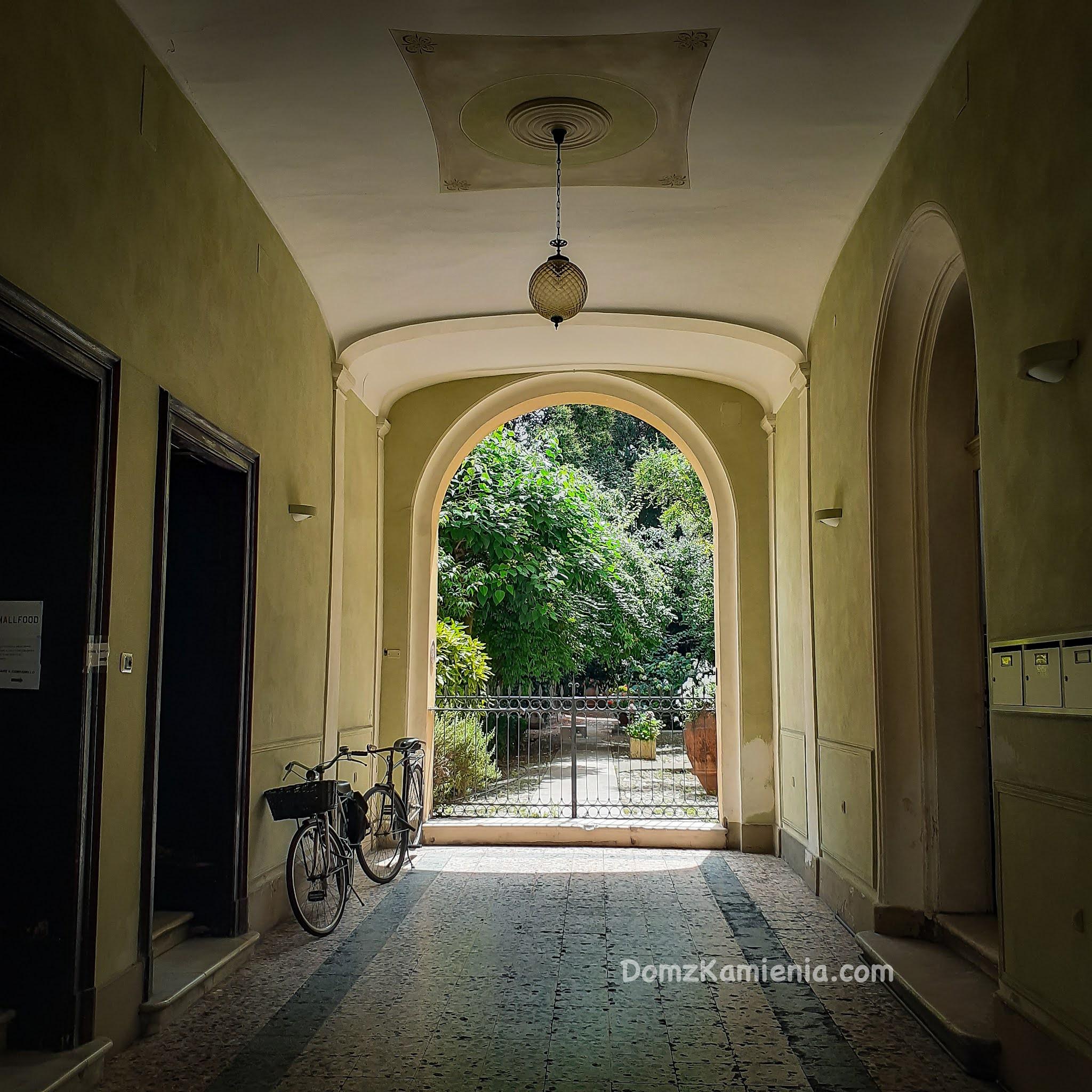 Ravenna, Dom z Kamienia blog o życiu we Włoszech