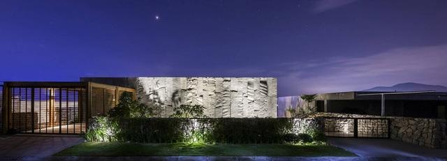 biệt thự đá tại Nha Trang