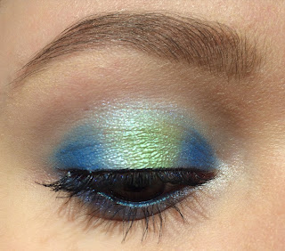earth eyeshadow look