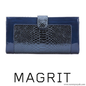 Queen Letizia carried Magrit Clutch