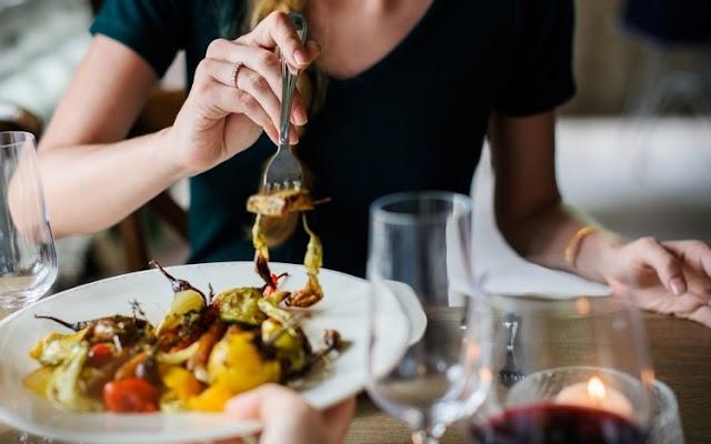 A mértékletes ünnepi étkezésre hívja fel a figyelmet a diatetikus