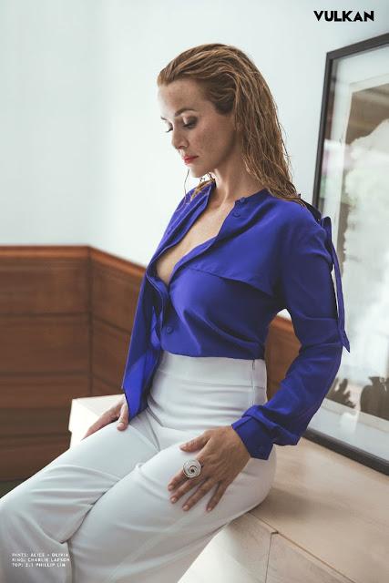 Annie Wersching Hot & Sexy Pics