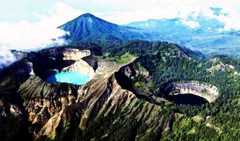 Gambar Sejarah danau Kelimutu Kab. Ende Nusa Tenggara Timur Indonesia