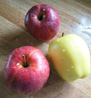 Apple Raisin Chutney.