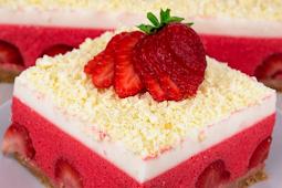 No Bake Strawberry Cheesecake Lasagna Recipe #desserts #cakerecipe #chocolate