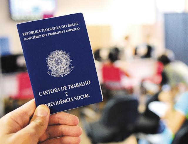 Brasil registra aumento de 49% de empregos em dois meses e saldo de 129 mil vagas