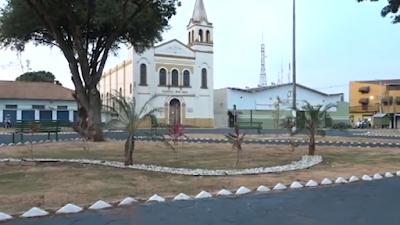 Foi finalizada a revitalização da Praça do Bom Jesus em Barretos, mas faltaram os sanitários