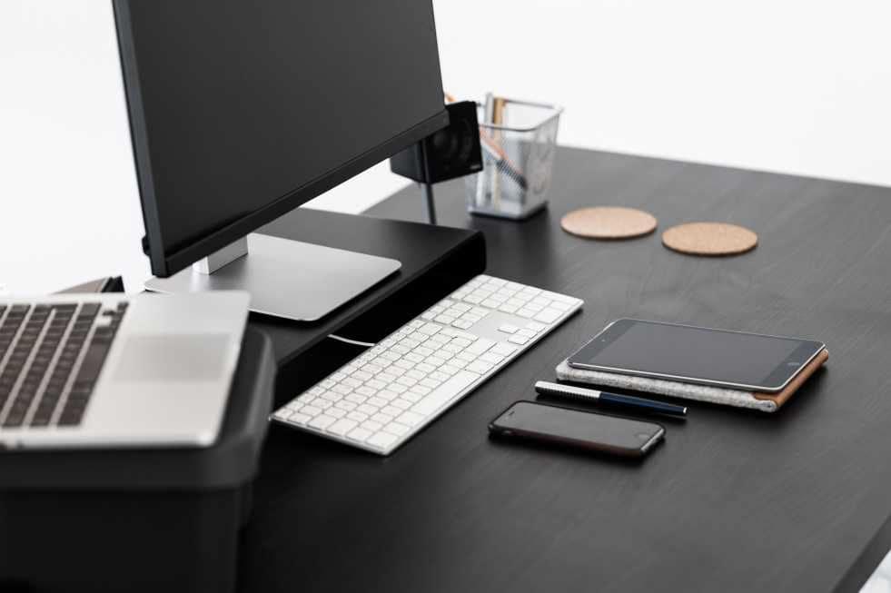 Chia sẻ bộ ảnh HD về máy tính, laptop, điện thoại, code screen cực chất