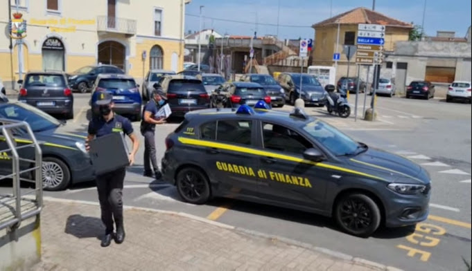 """Frode fiscale tramite società """"apri e chiudi"""": 3 arresti e sequestro preventivo di beni per 30 milioni di euro"""