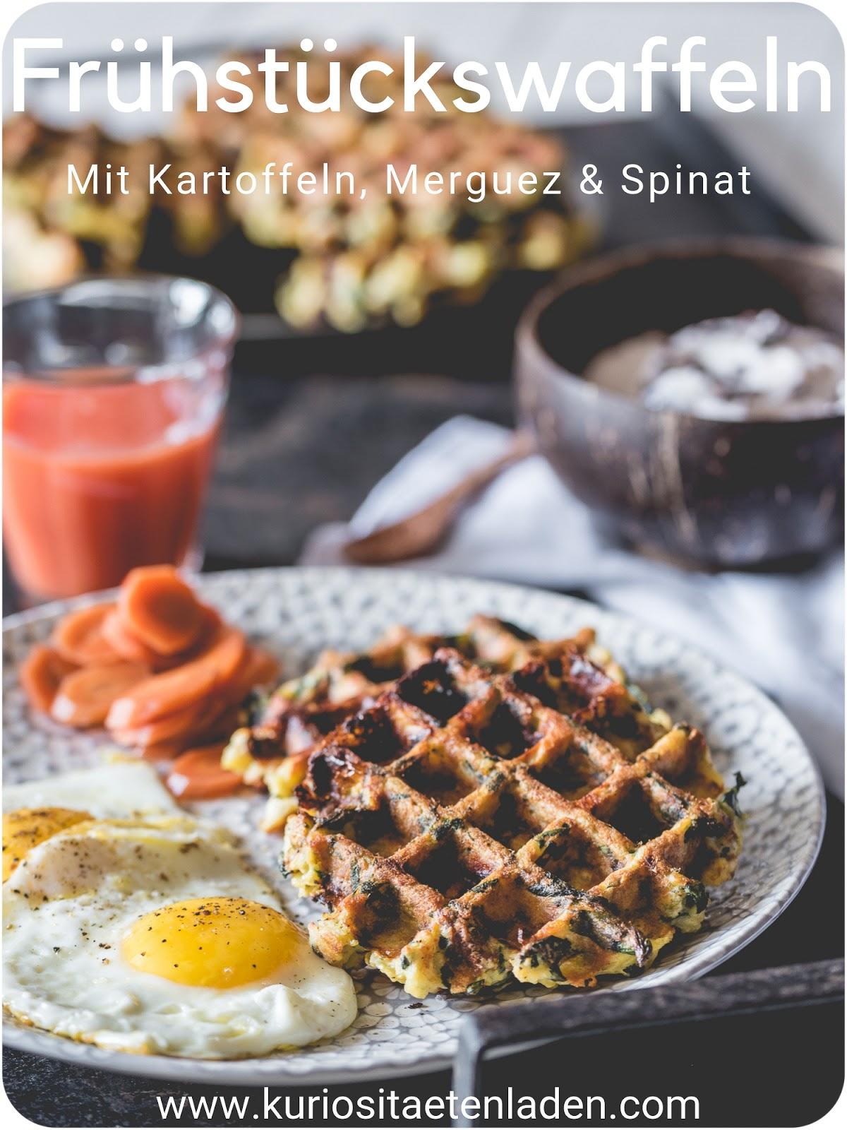 Frühstücks-Kartoffelwaffeln mit Merguez, Spinat und Feta