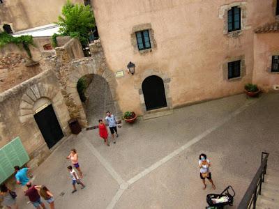 Plaza de armas del castillo de Tossa de Mar