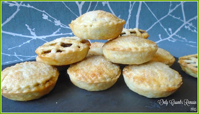 Christmas Mince Pies with Marzipan