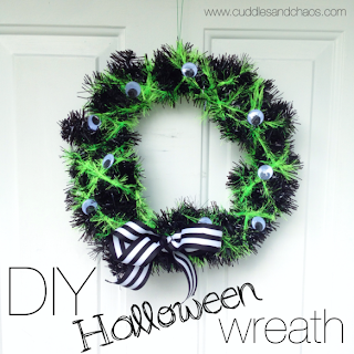 Spooky Halloween Wreath by Cuddles and Chaos.