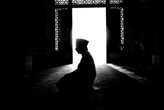 Doa Habis Sholat Sunnah Fajar yang Selalu Dibaca Rasulullah