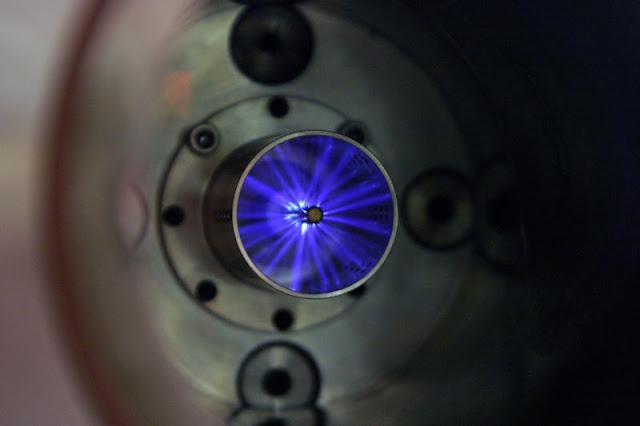 नैनोकुल के लिए स्वैपिंग स्पार्क प्लग 20% तक इंजन दक्षता को बढ़ावा दे सकता है