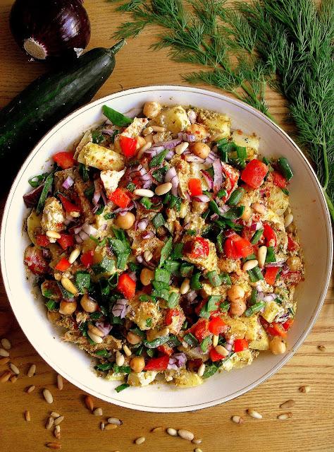 Włoska sałatka ziemniaczana z zielonym pesto i kurczakiem / Italian Pesto Potato Salad with Chicken