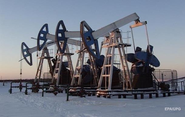 Цена на нефть приближается к 50 долларам
