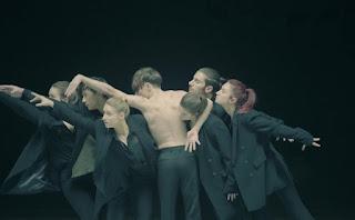Lyrics BTS (방탄소년단) – Black Swan + Translation