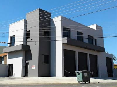 A edificação concluída e fotografada em junho de 2019.