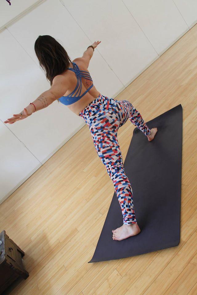 lululemon free-to-be-wild-bra capoeira-wunder-unders