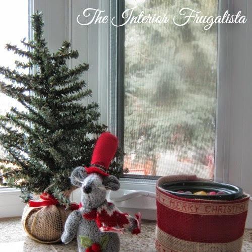 Festive Mini Crockpot Cover plus Potpourri Recipe