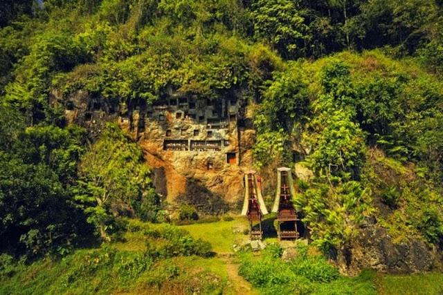 Kuburan Tana Toraja