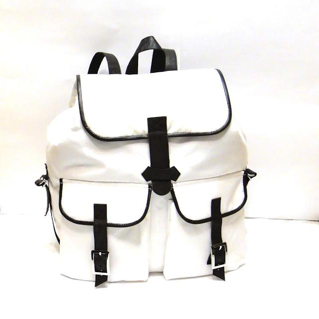 Женский рюкзак в стиле минимализм: непромокаемая ткань, отделка натуральной кожей. Подкладка - натуральный хлопок. Ручная работа, доставка почтой или курьером