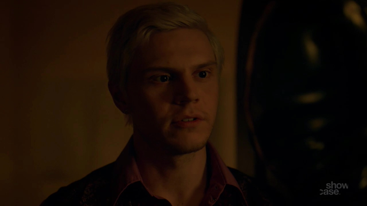 ausCAPS: Evan Peters shirtless in Pose 1-03 Giving And