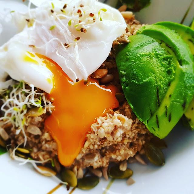 Zdrowe Śniadanie: 10 pomysłów na owsiankę
