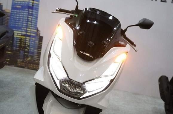 Lampu Depan All New PCX tahun 2021