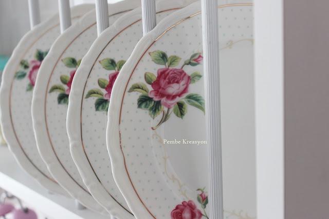 terek-mutfak-rafı-modası-sergen-nitelik-mobilya-ikea-raf-terek-mutfak-dekorasyonu-mint-dekorasyon-vintage-shabby-chic-karaca-home-rose-garden-home-mutfğım-blogger-mutfak-tasarım-dizayn-tasarımcı-terek-modelleri-2016-2017-2018