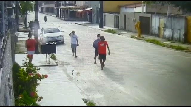 Adolescente morre após policial penal reagir a assalto em bairro cearense