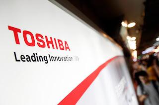 Το deal των 18 δισ. δολαρίων της Toshiba είναι επίσημο